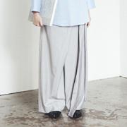トモウミオノ 変形パンツ ストレッチ ライトグレー